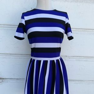 Adorable Striped love...ady Dress Size Large